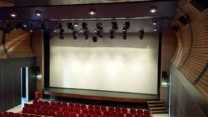 Grand Ecran Enroulable Motorise Theatre Conference 15M
