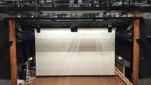 High Gain Large Tab Tensionned Motorized Screen For Theater