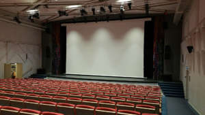 Nolimit Theater Motorized Roll Up Projection Screen White Casing 2