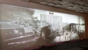 Museum Projection Video Ecran Motorise Nolimit 10M